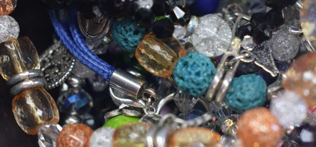 d256bd4ac53a Pulseras, pendientes y collares - Pulseras Paracord y Bisutería