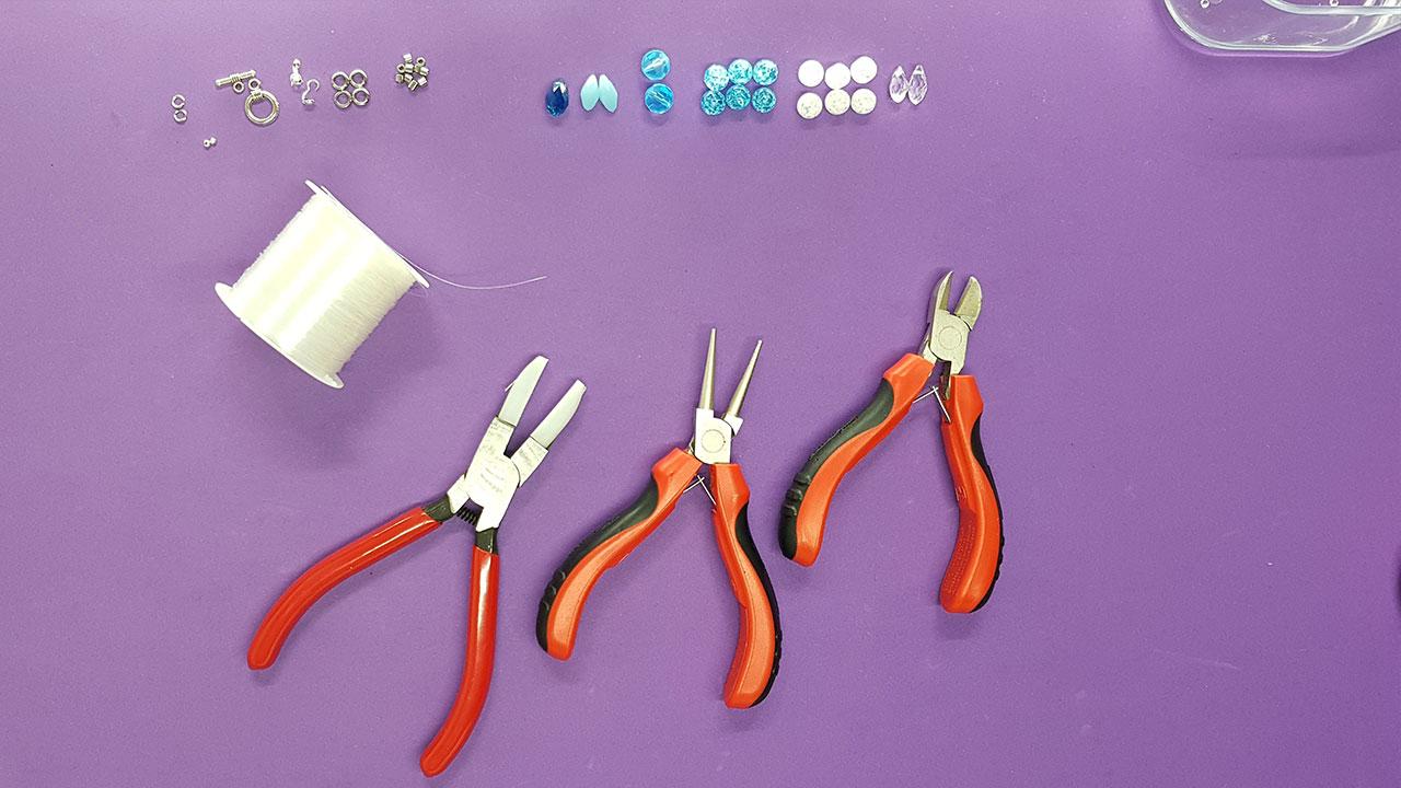 Materiales y herramientas que necesitas.