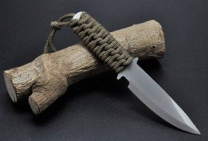 paracord mango de cuchillo