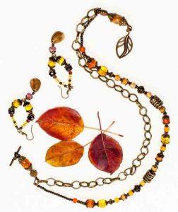 zarcillos y cadena bisutería abalorios otoño