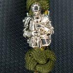 Llavero paracord simple nudo serpiente y nudo diamante